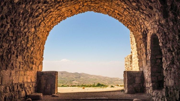 kings-highway-travel-blog-jordan-backpacking-solo-kerak-castle