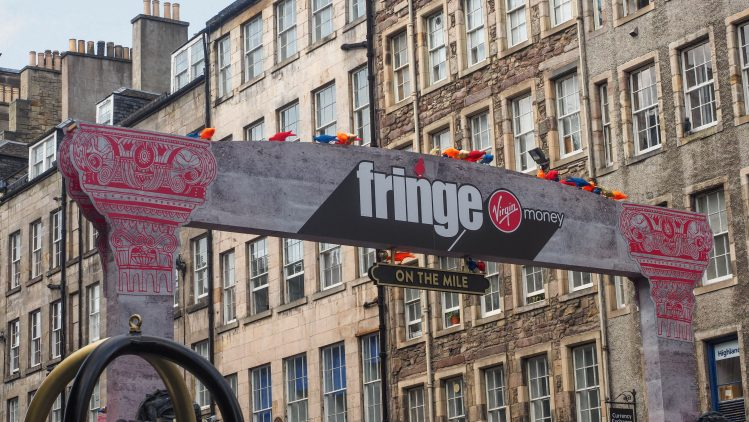 edinburgh-fringe-scotland-travel-blog-travelling-the-world-solo-female