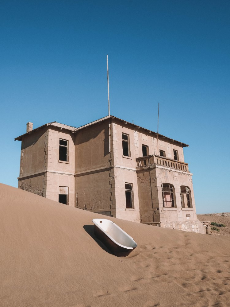 kolmanskop-self-drive-blog-travel-namibia-solo-travelling