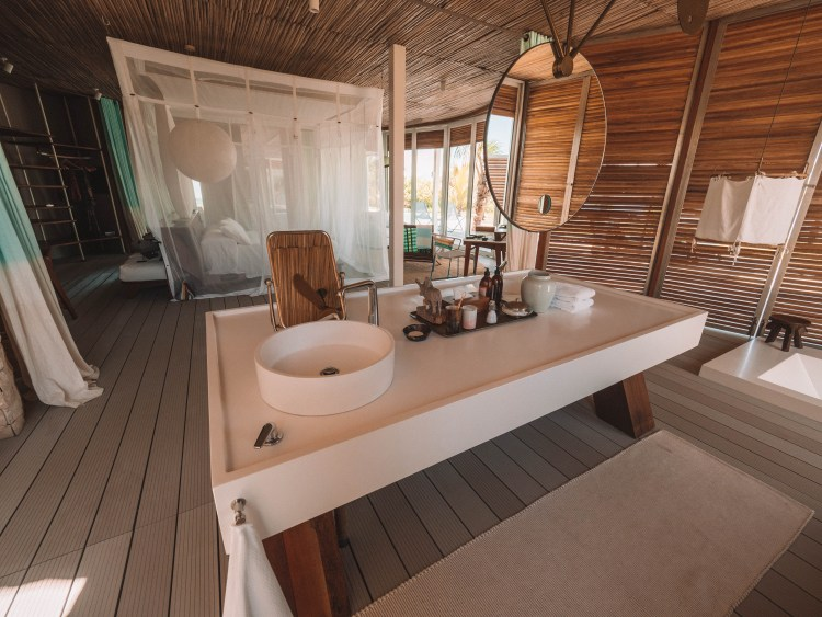 Time-Tide-Miavana-Travel-Blog-Nosy-Ankao-Madagascar-Blue-Safari-Luxury