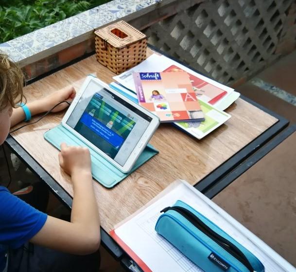 schoolwerk tablet, reiscadeau, Tessa de Jong