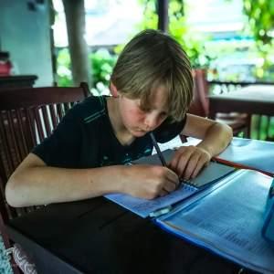 motivatie tips voor school, les van tes, leerplicht, leerplichtige kinderen, reizen met kinderen, wereldreis met kinderen