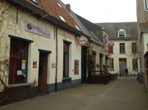 """I had a """"Gageleer"""" beer at the original """"Brown café"""" The Ranonkel"""