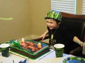 5-birthday-rafa-cake