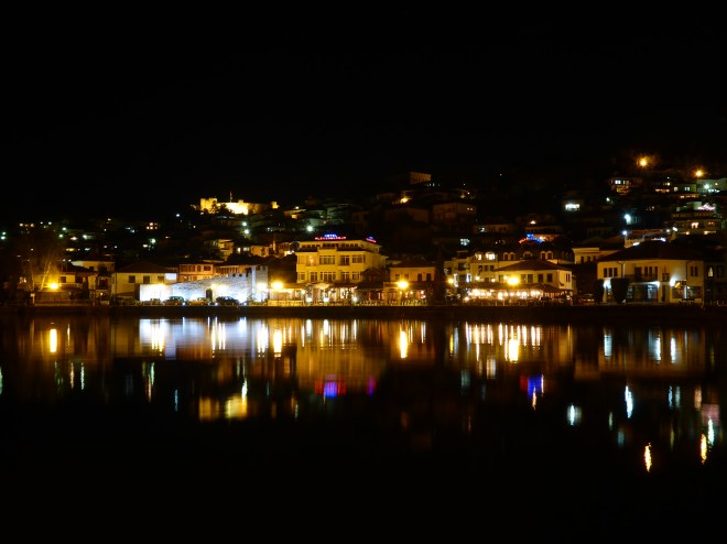 Ohrid harbour by night2
