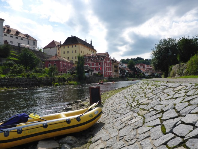 Rafting break in Cesky Krumlov