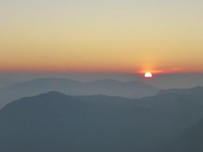Sunrise seen from the top of Adam's Peak in Sri Lanka 4