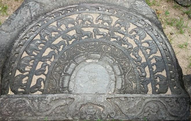 The sacred Quadrangle in Polonnaruwa 5