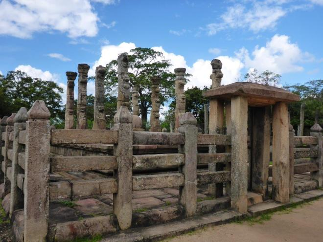 The sacred Quadrangle in Polonnaruwa 6