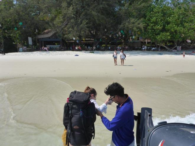 Arriving directly at the beach by Jep's on Koh Samet