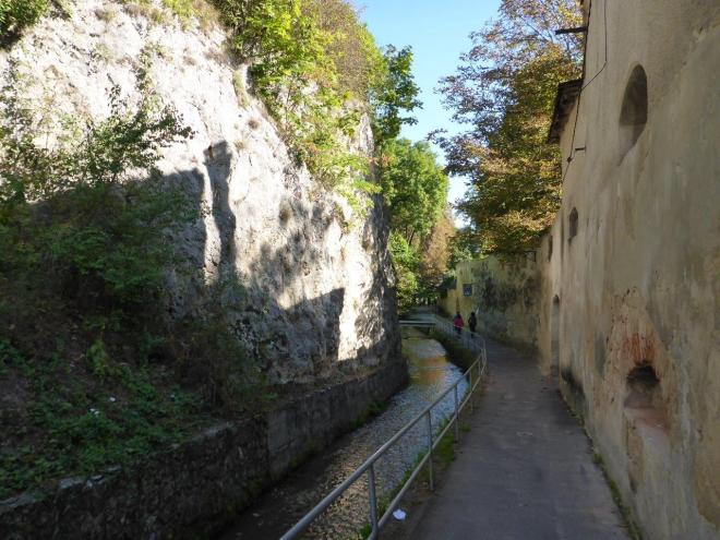 "Dupa Ziduri, or ""the alley behind the walls"""