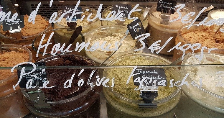 Food tour in Paris with a local