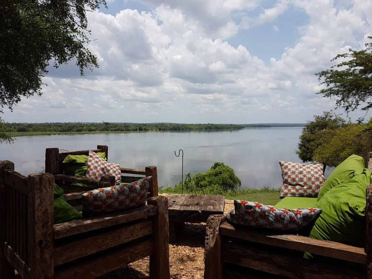Relaxing life at Murchison River Lodge. Murchison Falls National Park in Uganda Africa