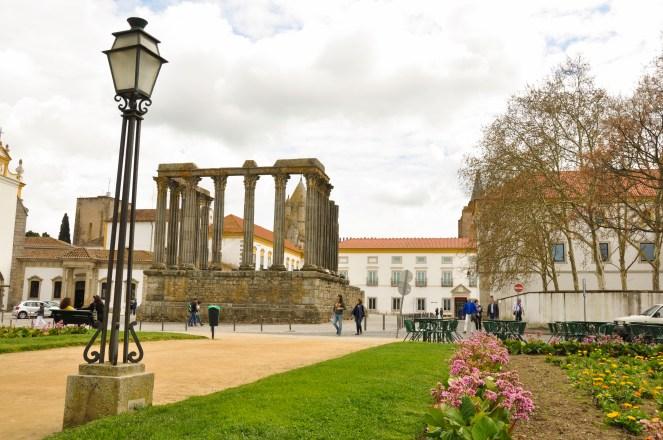 Evora - Świątynia Rzymska