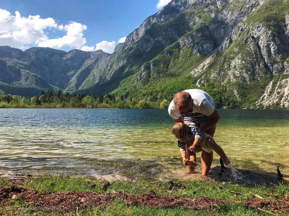Jezioro Bohinj, Słowenia, wakacje z dziećmi