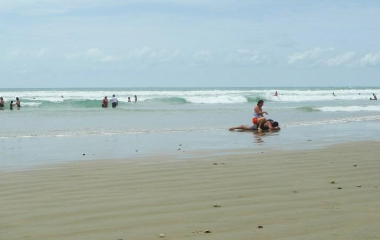 P1020855 Olon Beach, Gotta Ya
