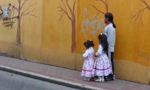 P1030190 Ecuadorian Father & Daughters - Copy