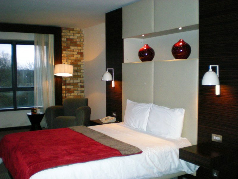 063 Limerick - Absolute Hotel