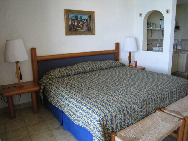 Cancun Solymar Beach Resort 3609 100609 (1)