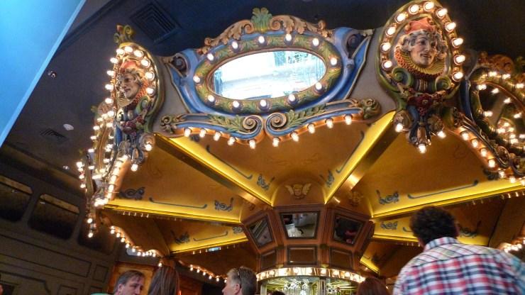 P1100913 Hotel Monteleone Carousel Bar