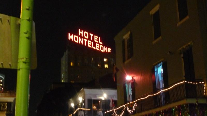 P1100913 Hotel Monteleone