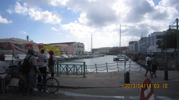 桥城内海港