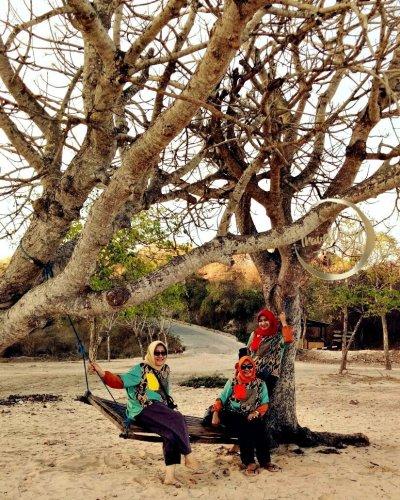 Pantai Pink Lombok di Pagi Hari