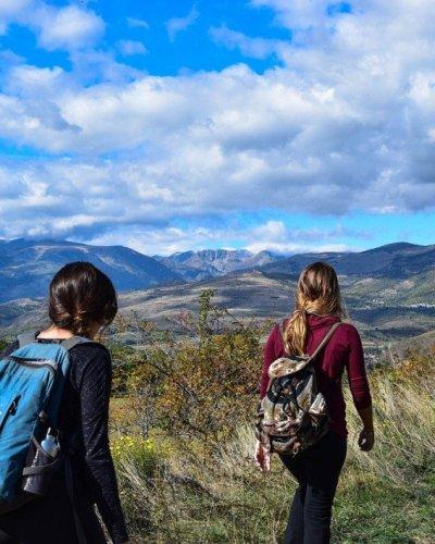 Travel Blogger Indonesia Favorit Versi Travellumy