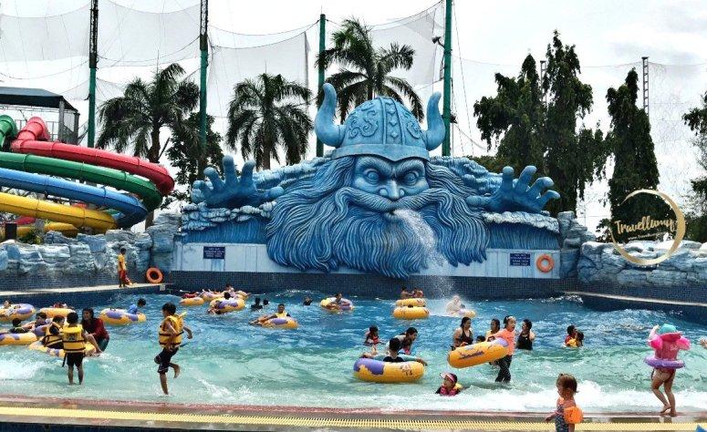 Pondok Indah Water Park, Kolam Renang Asik di Jakarta Selatan