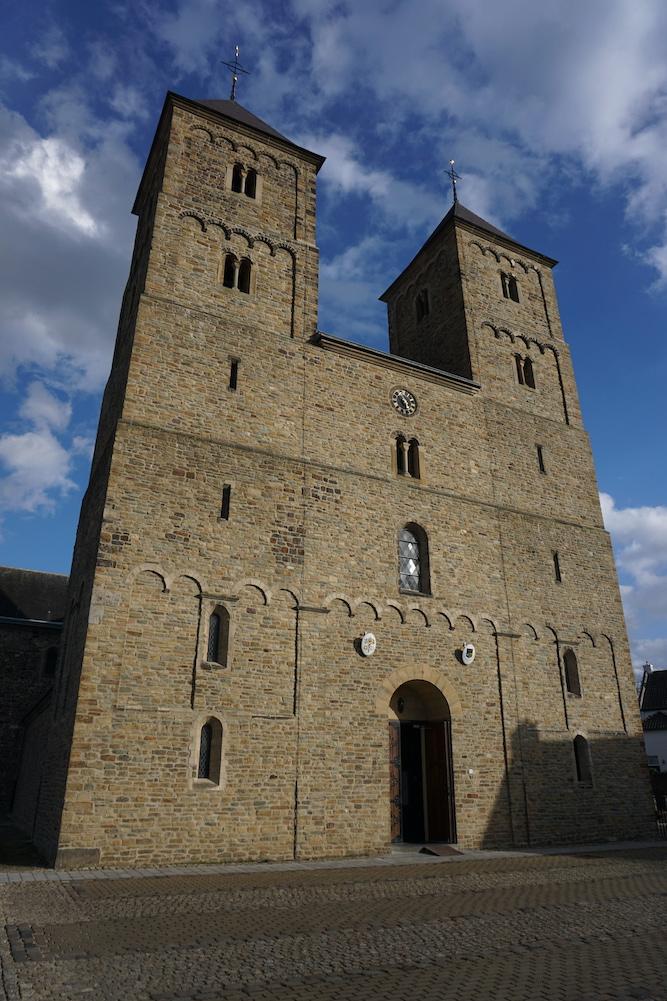 Sint-Amelbergabasiliek Susteren