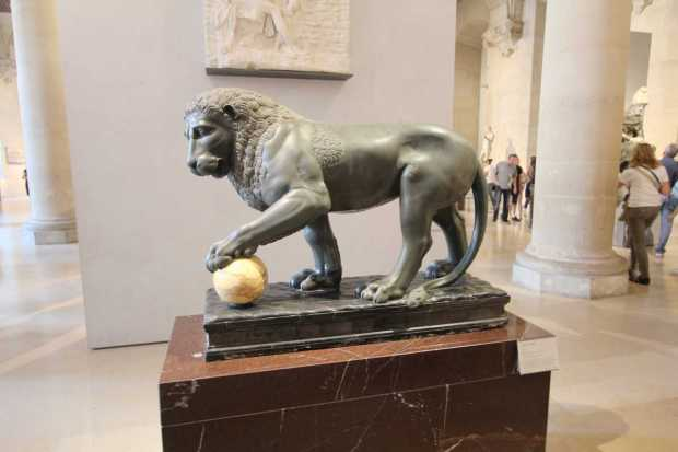 Louvre Top Things to See: Lion of the Albani Collection