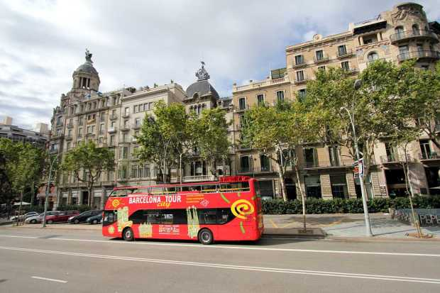 Barcelona by Bus