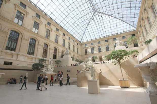 Cour Marly, Louvre, Paris