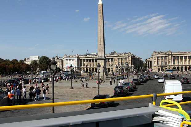 Paris by Bus:  Obelisk, Place de la Concorde