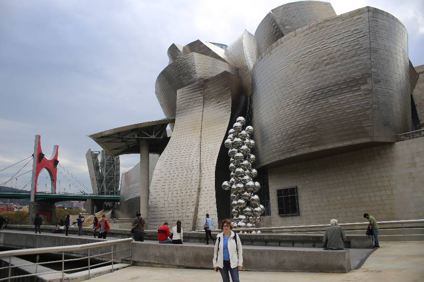 Guggenheim Museum Bilbao, Basque Country, Spain