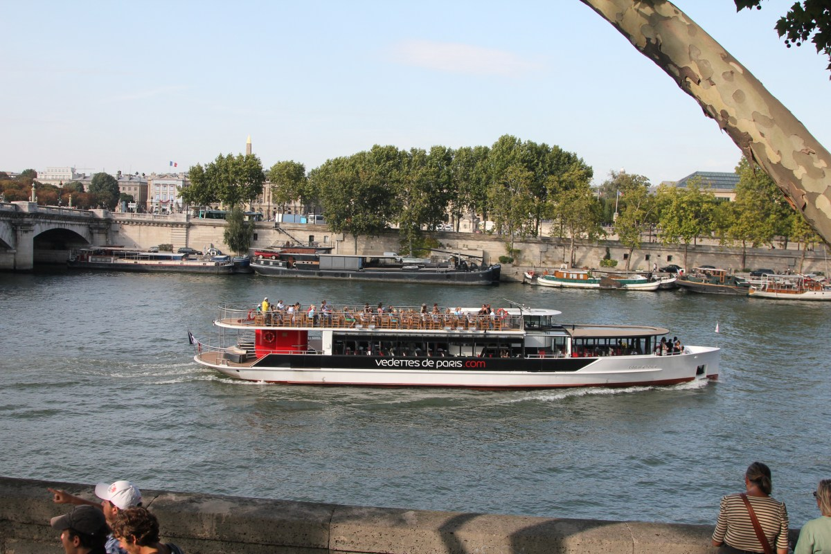 Boat trip of the River Seine