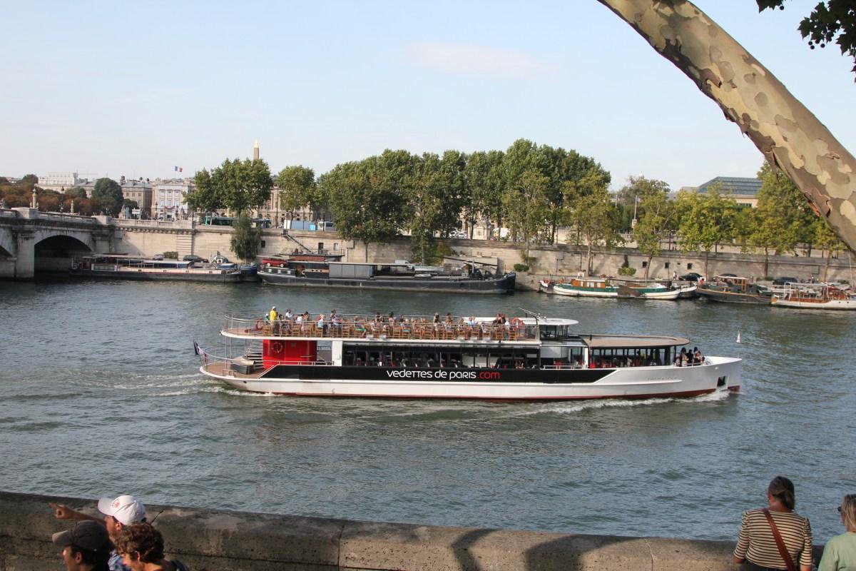 Boat trip of the River Seine