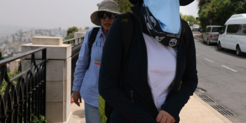 Coronavirus Hits Travel Industry Hard: Chinese Tourists Now Wear Face Masks