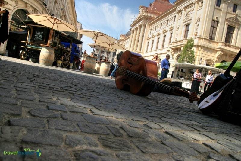 Bucharest-city-tour_old_town