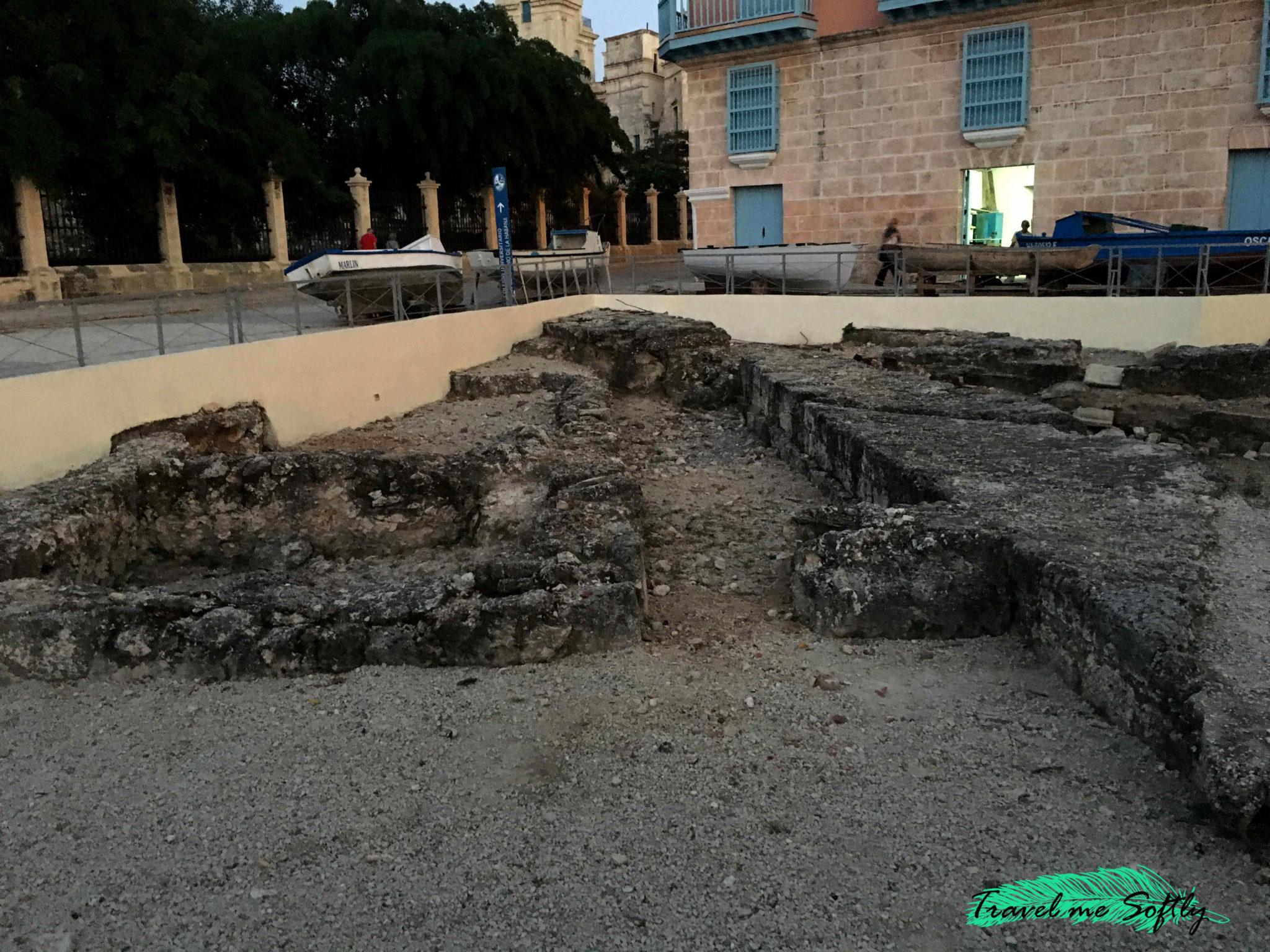 ruinas muralla la habana vieja