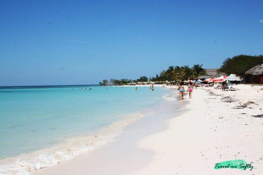 playa cayo jutías