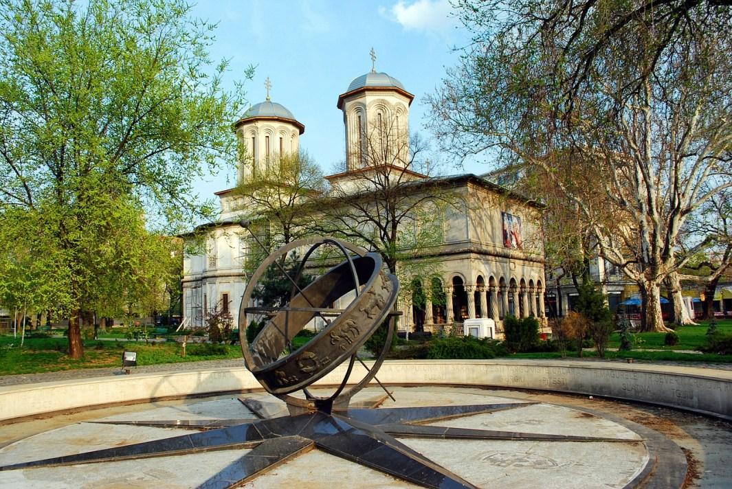 viajar a bucarest iglesia ortodoxa