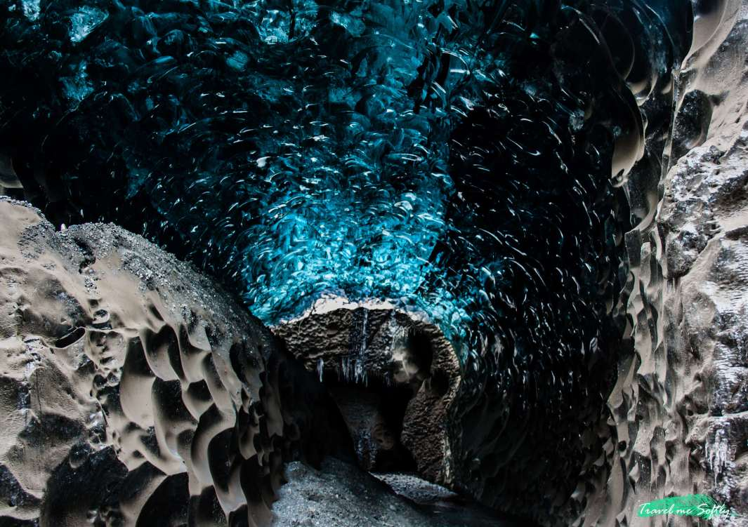 blue ice cave iceland