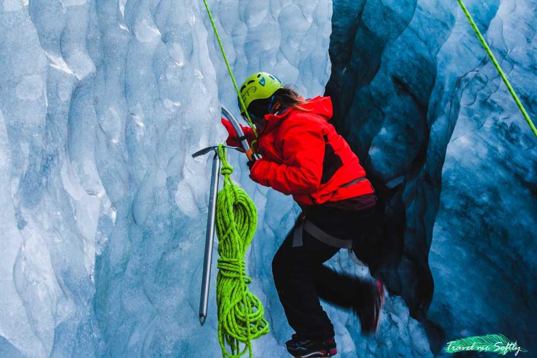 ice climbing escalada en hielo