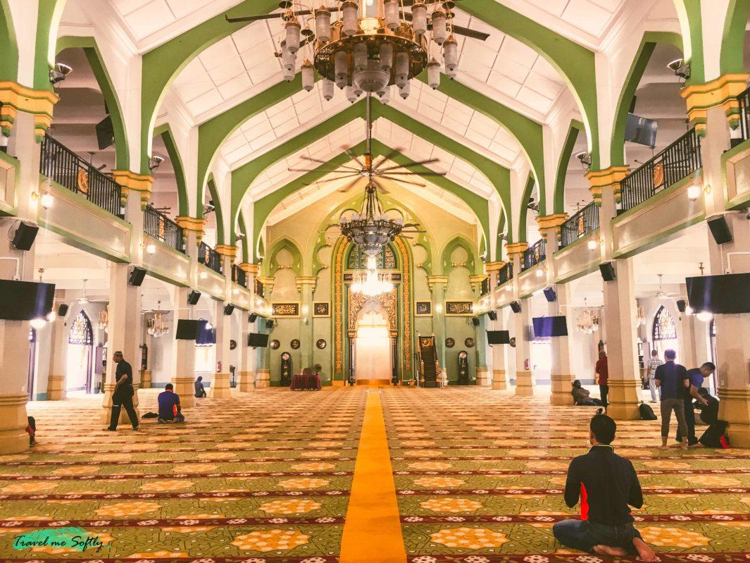 interior mezquita sultan singapur