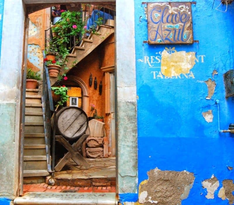 Blue walled entryway to a restaurant