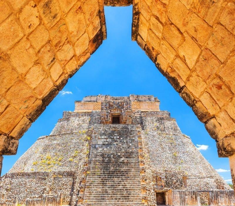 tall stone mayan pyramid