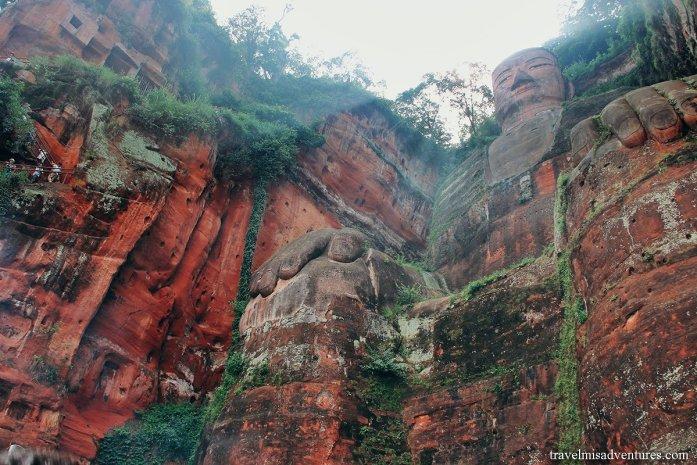 Buddha gigante di Leshan Cina