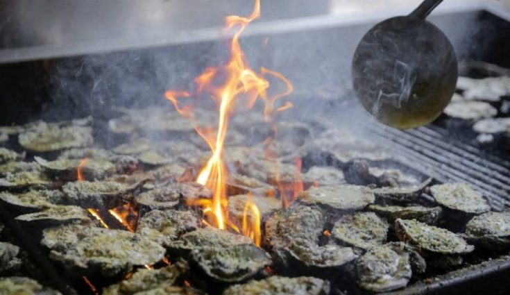 neyows-creole-cafe-grilled-oysters-7283b1798e4255f0