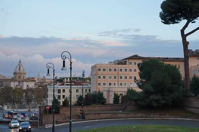 Roma is indeed a very pretty city